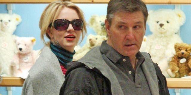 James B. đã được bổ nhiệm.  Spears, hay còn gọi là Jamie, sinh con gái vệ sĩ vào năm 2008 (Getty, File)