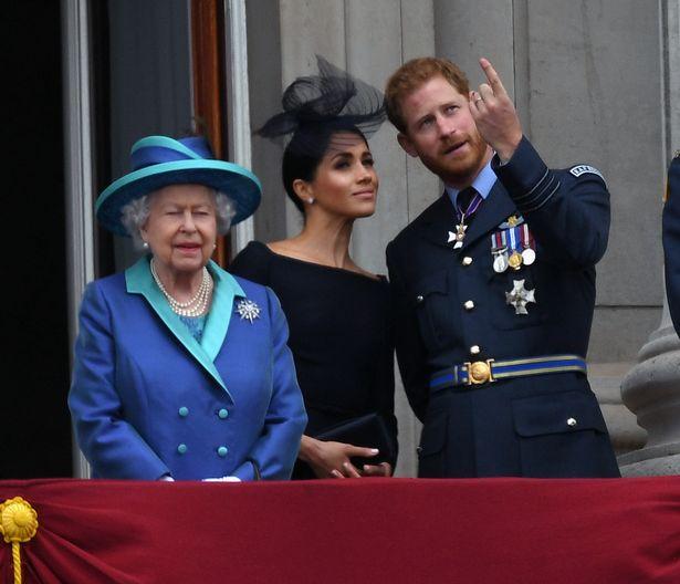 Công tước và Nữ công tước xứ Sussex được cho là sẽ gia nhập gia đình hoàng gia tại Trooping the Colour