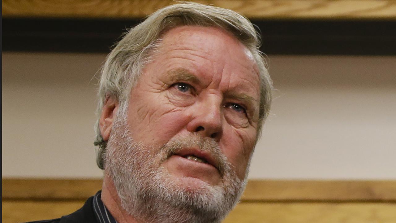 """John Langley, tác giả của loạt phim truyền hình """"Cảnh sát"""", chết trong một cuộc đua địa hình ở Mexico"""