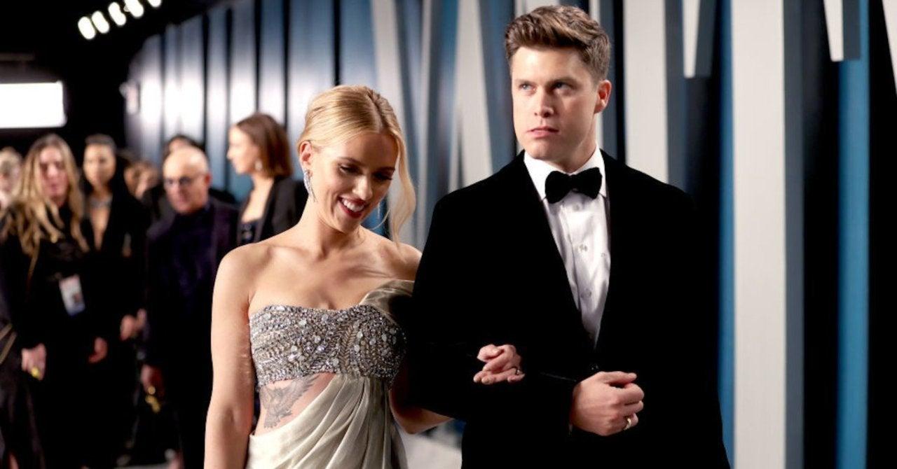 Ngôi sao của Black Widow, Scarlett Johansson nói rằng chồng cô, Colin Jost đã từ chối sự giúp đỡ của cô trong việc đào tạo vì những người hư hỏng