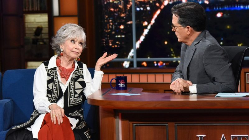Rita Moreno đáp trả lời chỉ trích về màu sắc 'In the Heights' - The Hollywood Reporter