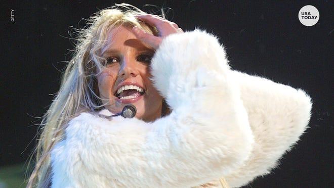 Britney Spears đã gọi 911 và báo cáo lạm dụng trước khi điều trần, báo cáo cho biết