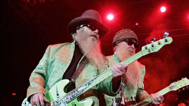 Dusty Hill, tay bass râu dài cho ZZ Top, qua đời ở tuổi 72