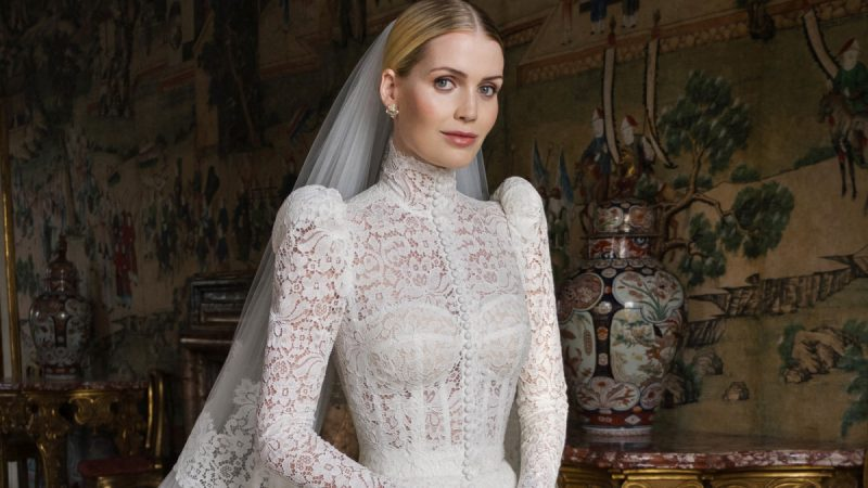 Tất cả các chi tiết của năm chiếc váy cưới của Lady Kitty Spencer