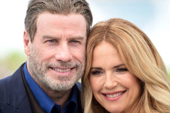 John Travolta nhớ lại khi nói về cái chết với con trai mình sau khi Kelly Preston qua đời