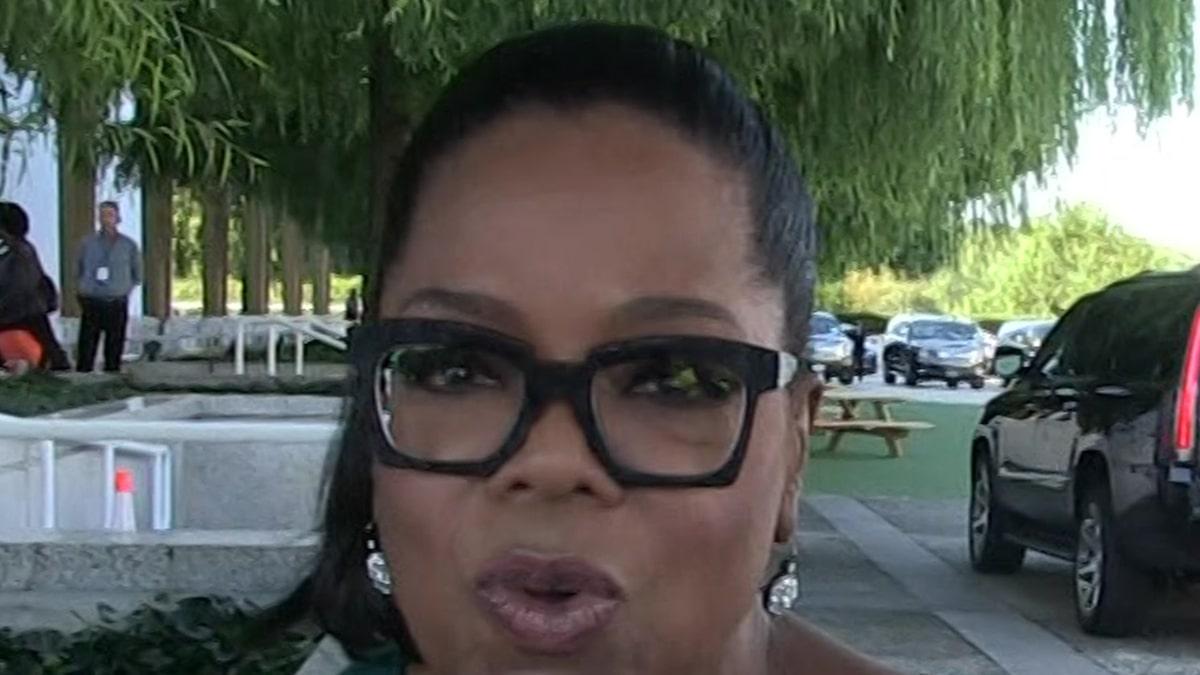 Oprah Phỏng vấn Dolly Parton Resurfaces và Người hâm mộ hỏi động lực
