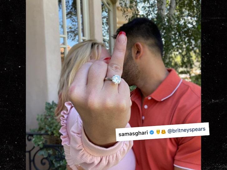 Chia sẻ Sam Britney
