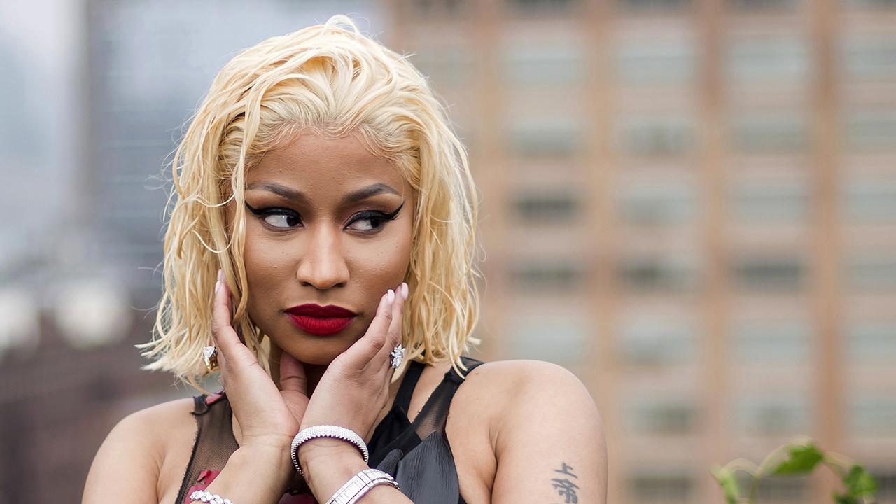 Nicki Minaj quay trở lại Biden WH sau khi tuyên bố rằng một cuộc điện thoại liên quan đến vắc-xin đã được hiển thị, không phải là một chuyến thăm