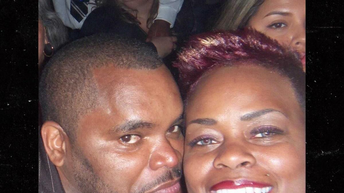 """Gia đình của ngôi sao """"Friday"""" Anthony Johnson gánh nặng chi phí tang lễ"""