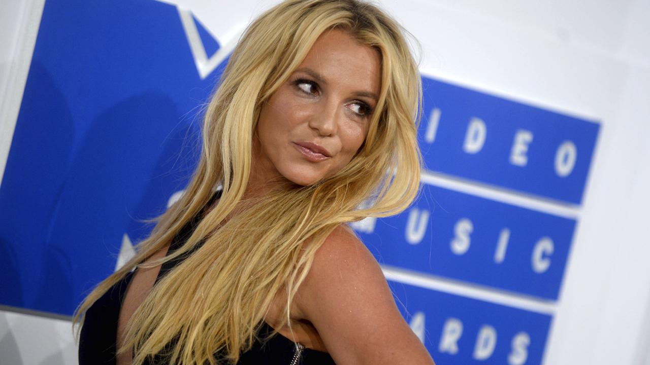 Bước tiếp theo cho quyền giám hộ của Britney Spears sau khi Jimmy đệ đơn chấm dứt thỏa thuận là gì?  Chuyên gia pháp lý cân nhắc