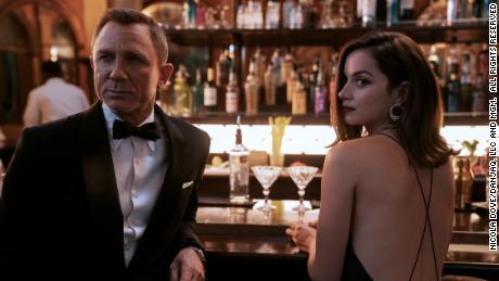 Daniel Craig nói về vai Bond mới nhất của anh ấy trong No Time to Die '