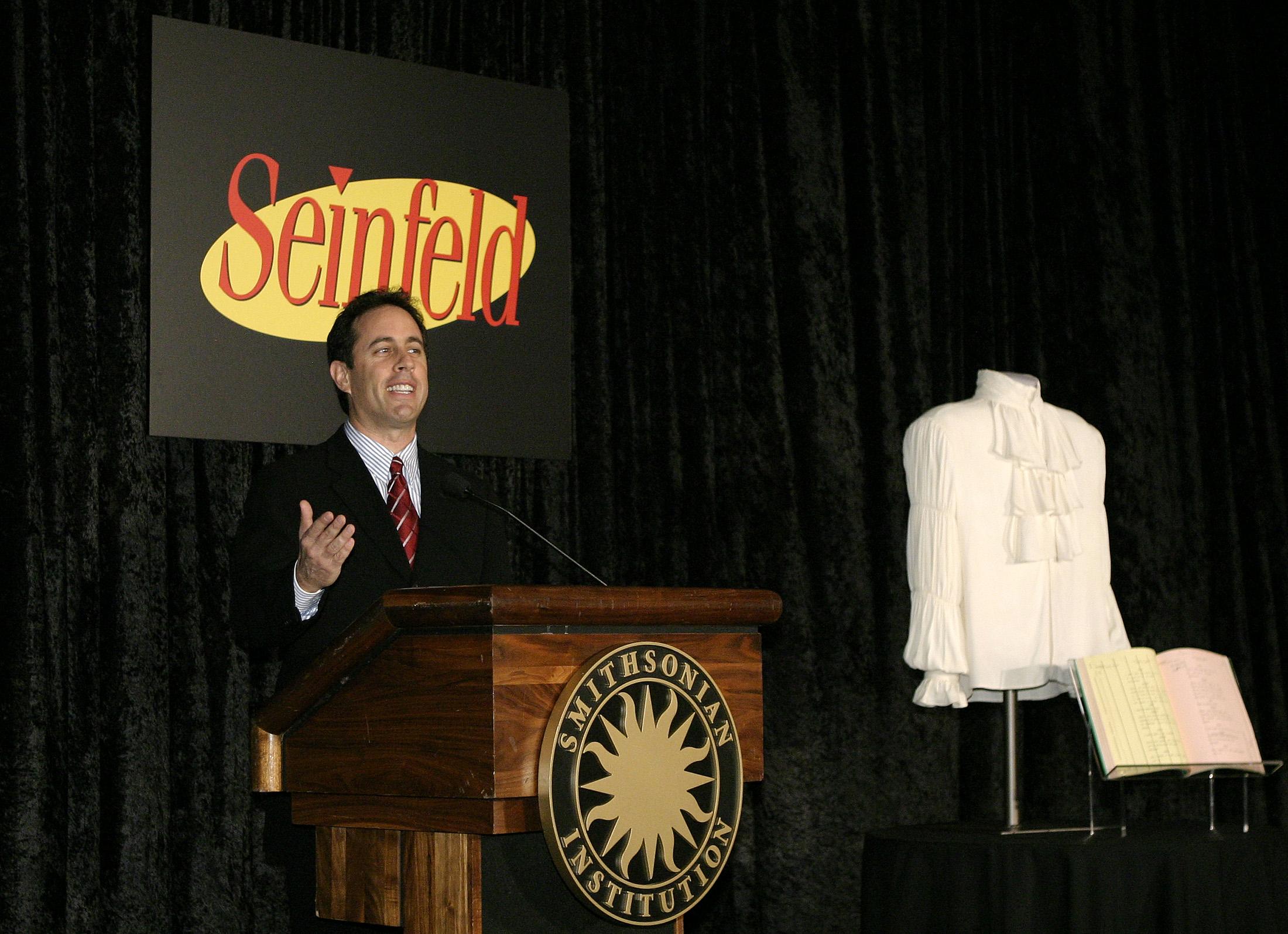 Bài hát của Seinfeld lọt vào Netflix, nhưng một số câu chuyện cười đã bị cắt ra khỏi tầm nhìn